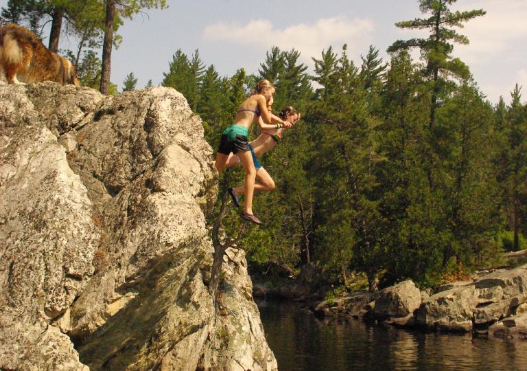 wild swimming (2)